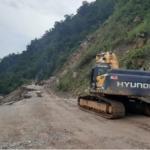 Ucayali: Atienden emergencia en vía afectada por lluvias en Padre Abad