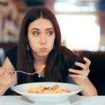 Comer en menos de media hora es una 'muy mala idea'