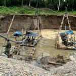 Madre de Dios: Realizan operativo contra minería ilegal en Tres Islas