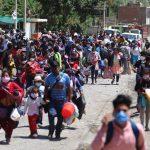 Aproximadamente 700 personas se dirigen a pie hacia Junín y Huancavelica