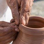 Lanzan taller virtual para fortalecer labor de artesanos