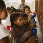 Millones de personas podrían caer en la pobreza extrema debido al impacto de la pandemia
